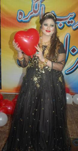 ماڈل، اداکارہ، گلوکارہ''غزل شاہ14
