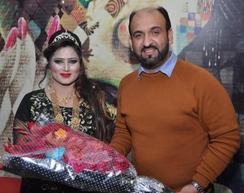 ماڈل، اداکارہ، گلوکارہ''غزل شاہ17