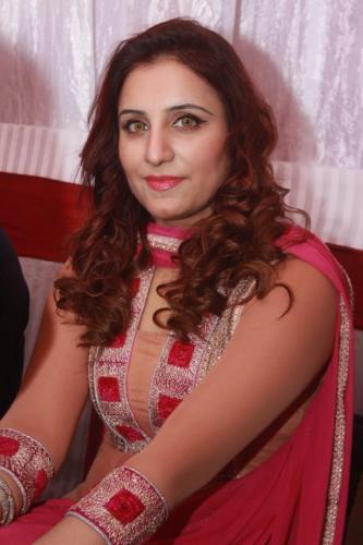 ماڈل بیا خان کی سالگرہ 17