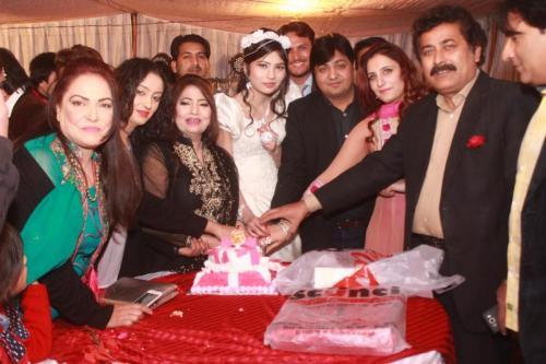 ماڈل بیا خان کی سالگرہ 23