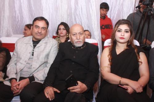 ماڈل بیا خان کی سالگرہ 8