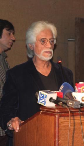 ڈائریکٹر پرویز کلیم 4